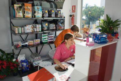 Tienda - Clínica Veterinaria Puerto Alto (Estepona)